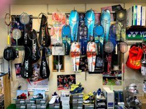 イノハラスポーツさんのバドミントン道具の販売コーナー(2)