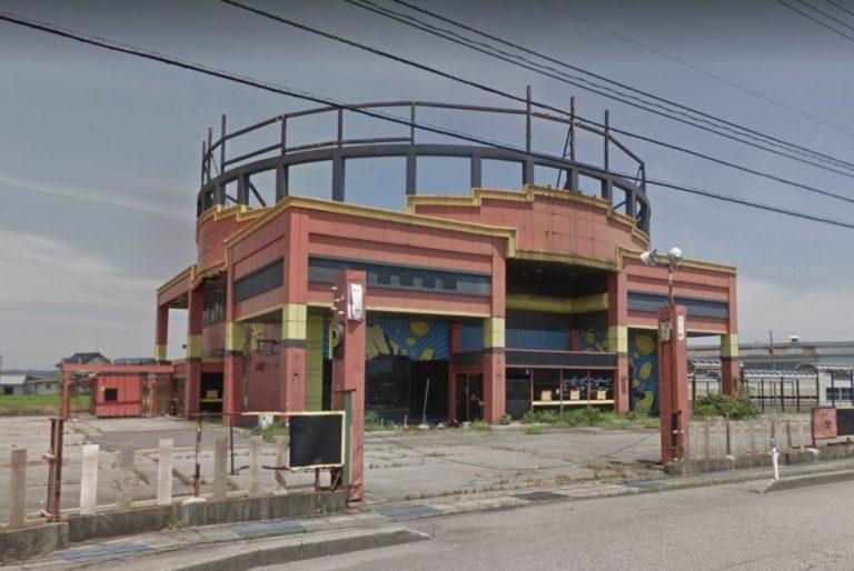南砺市下吉江(福野地域)のスロットマンが解体されてた