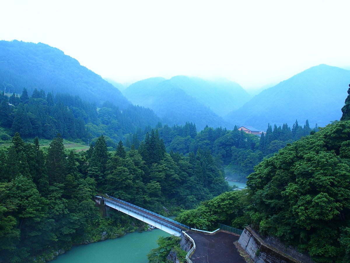 湯出島橋からの展望7月