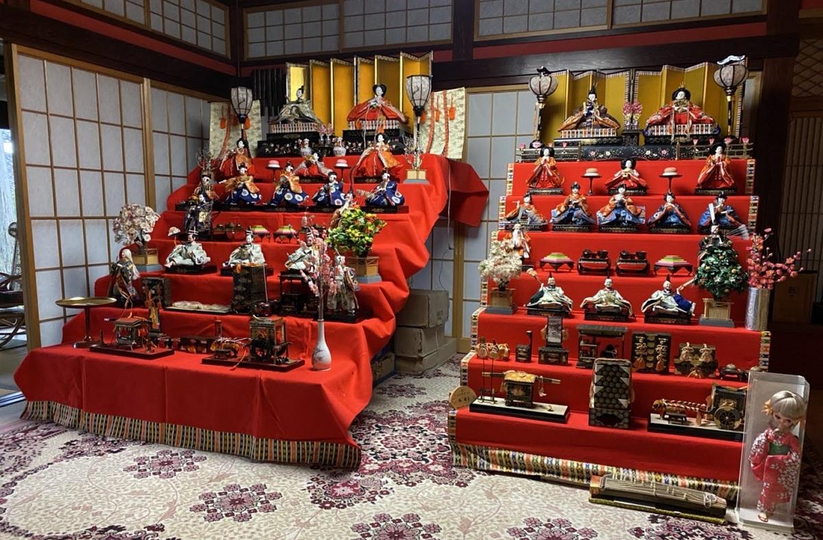 雛人形七段飾り2組