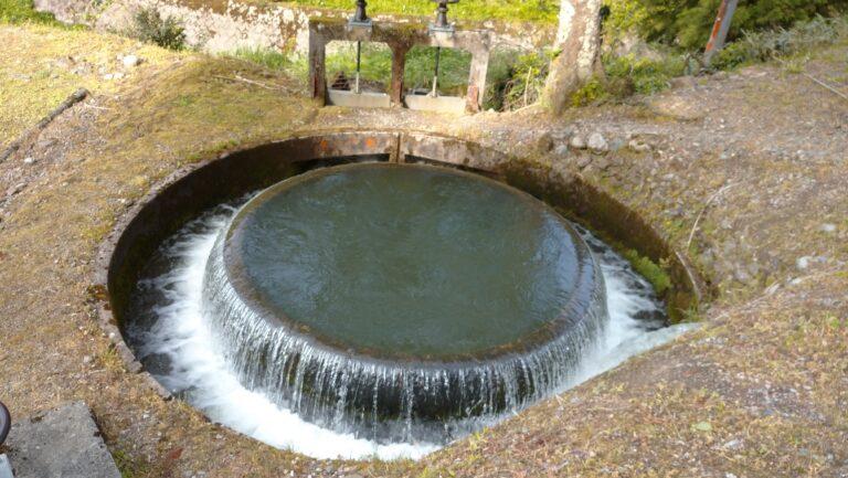円筒分水槽 南砺市井口