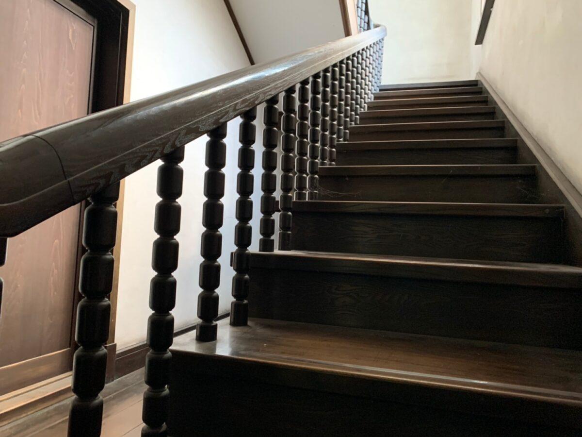 山田邸の階段