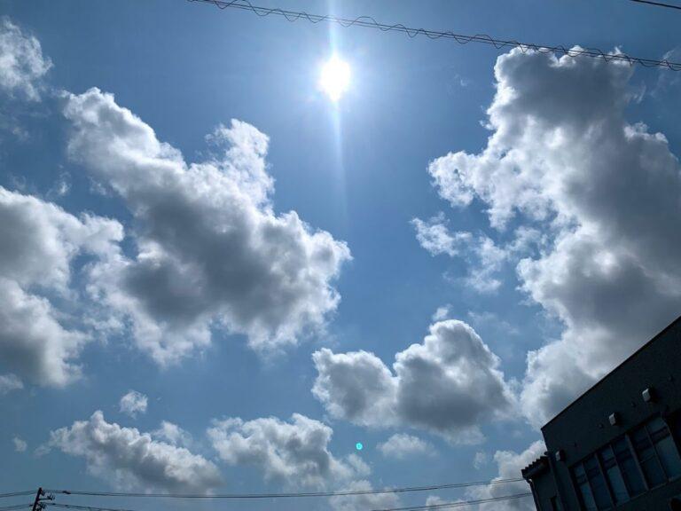 南砺市の晴れた空